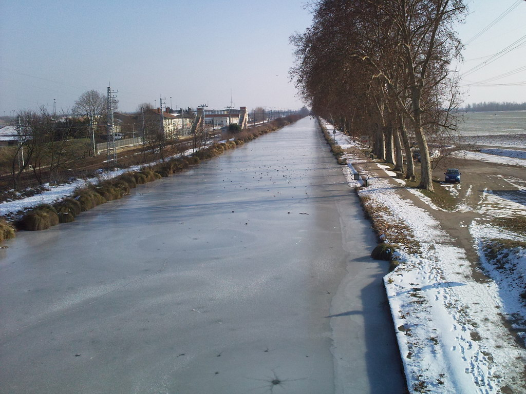 Le canal du midi fig par la glace v lo route cyclisme - 12 coups de midi wikipedia ...