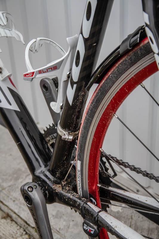 y 39 a pas dire les garde boue c 39 est bien v lo route cyclisme cyclosport courses pros. Black Bedroom Furniture Sets. Home Design Ideas