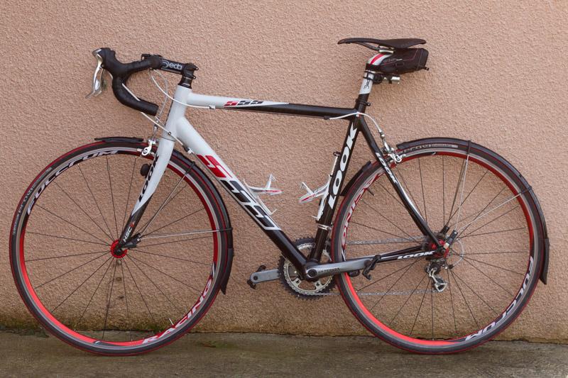 Y 39 a pas dire les garde boue c 39 est bien v lo route cyclisme cyclosport courses pros - Velo ou tapis de course pour maigrir ...