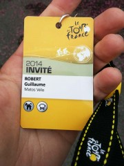 Badge-village-depart-TDF2014.jpg