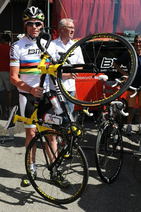 CYCLING-FRA-TDF-2010-REST-DAY-BMC-EVANS